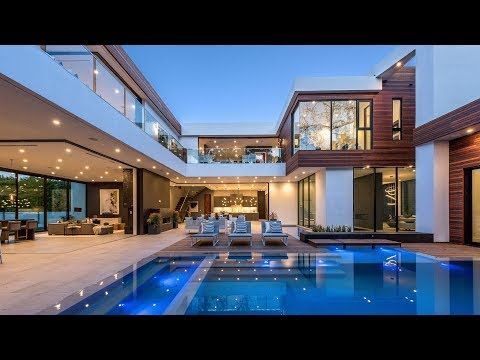 Incredible Modern Homes Built In The San Fernando Valley Youtube In 2020 Luxury Homes Dream Houses Modern House Exterior House Exterior