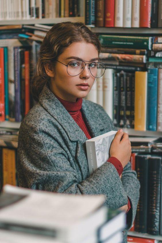 photoshoot in library  by #ValeriaLokinskaya #... - #library #Photoshoot #ValeriaLokinskaya