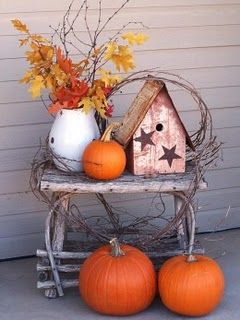 Fall leaves, pumpkin on a twig table: Decorating Idea, Fall Decoration, Birdhouse, Fall Porch