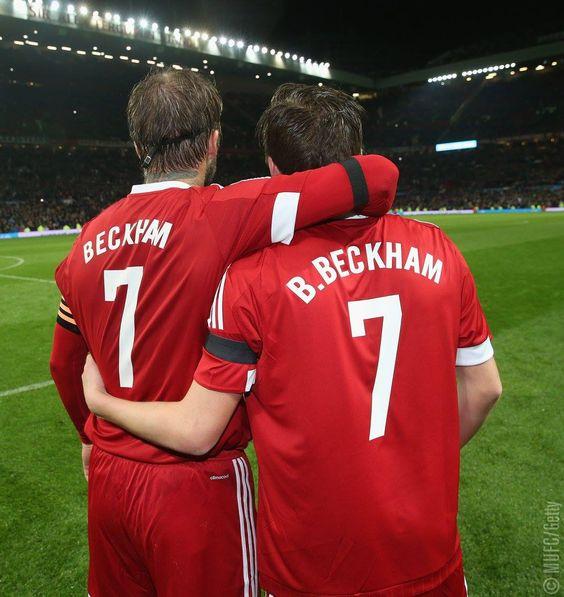 Plenty Of United Legends Were In Action During Saturday S Matchforchildren Goals From Paul Sc David Beckham Football Brooklyn Beckham David Beckham Unicef