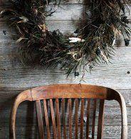Une couronne de Noël en branches et feuilles séchées - Marie Claire Maison