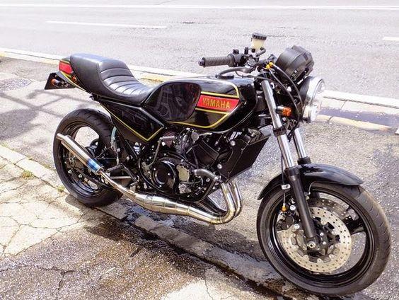 YAMAHA RZ250 - AUTO MAGIC - RACING CAFE
