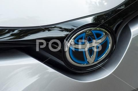2014 Prius V Charcoal Grey Prius New Cars Toyota For Sale