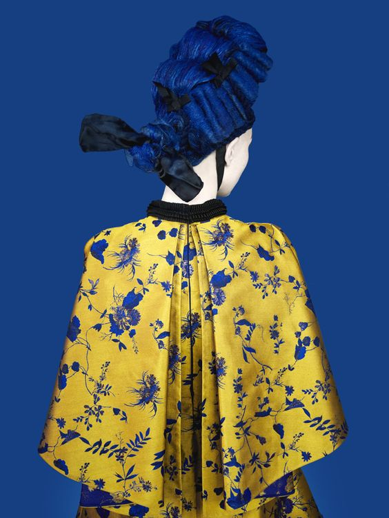 Erik Madigan Heck -Erdem advertisement Loving the colour combination, so bold and powerful.
