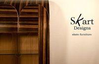 A empresa foi Montreal's Skart Designs foi fundada por Michel Poulin, no ano de 1986, e aqui o trabalho de Michel lembra muito um shape de skate que com muita elegância se transforma em um belo armário.