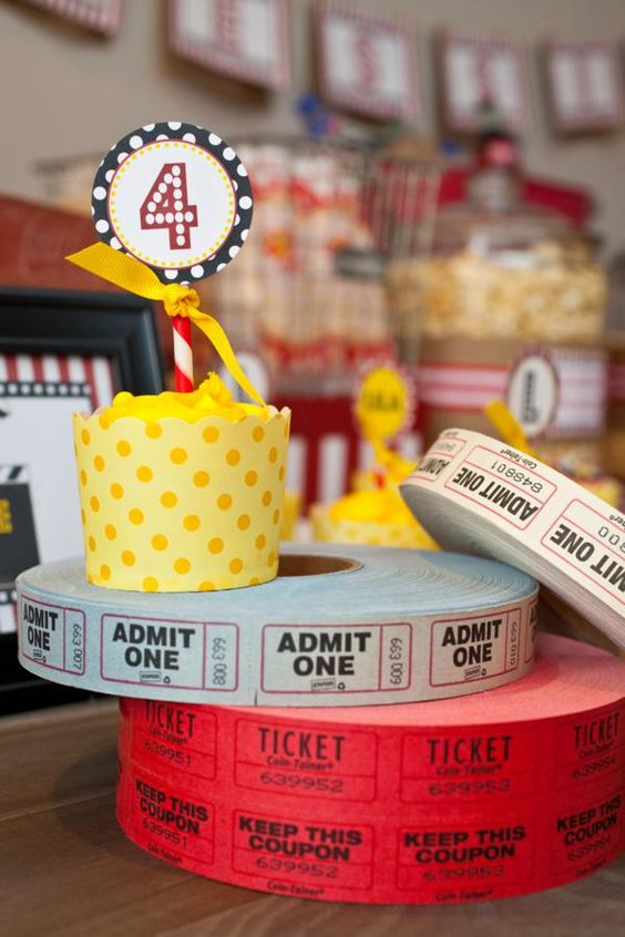VINTAGE MOVIE THEMED PARTY by Petite Social