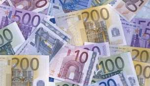 travel tips money tipping europe