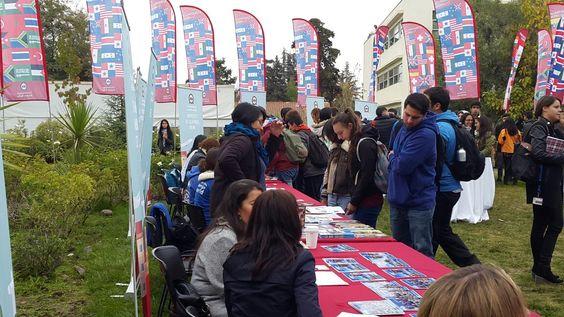 Feria Internacional en el Campus Casona
