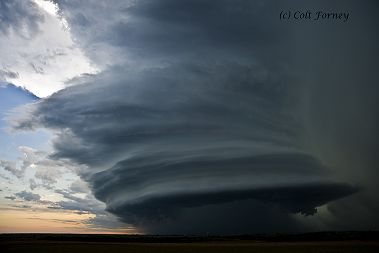 Beautiful spaceship-like supercell updraft in a severe thunderstorm.  Picture copyright Colt Forney  http://www.youtube.com/user/BasehuntersChasing