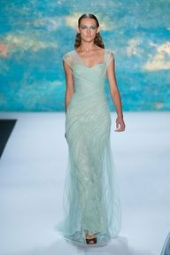 2013 Wedding Trend | Mint evening gown for New York Fashion Week Spring 2013, Monique Lhuillier #bridesmaid #dresses #wedding #mint