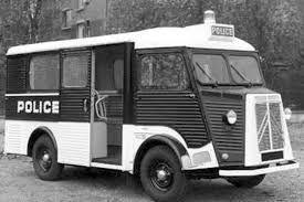 r sultat de recherche d 39 images pour vieux camion police camion ancien pinterest police. Black Bedroom Furniture Sets. Home Design Ideas