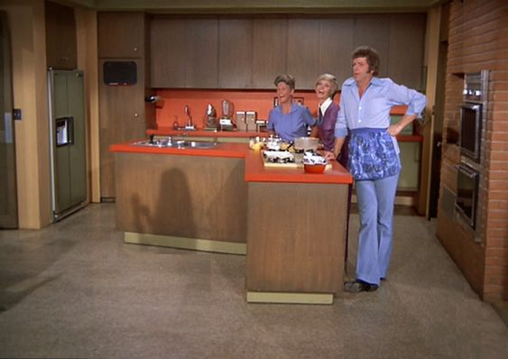 The Brady Bunch Blog: In The Brady Kitchen:
