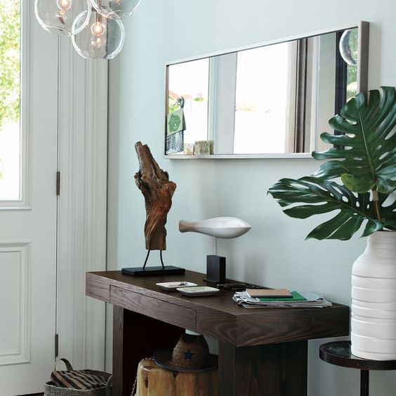 Wales Gray, Benjamin Moore - like this color for dining room: