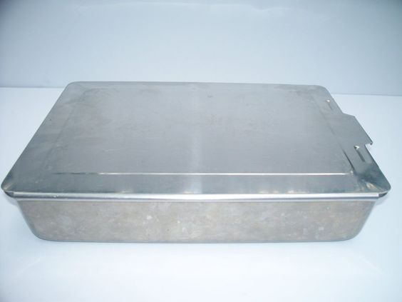 Vintage Mirro Aluminum Covered Cake Pan Sliding Lid 13 X 9