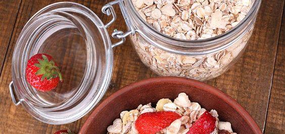 4 Receitas com aveia para pequenos-almoços e lanches saudáveis (com vídeo)