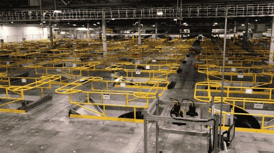 Your First Look Inside Amazon S Robot Warehouse Of Tomorrow