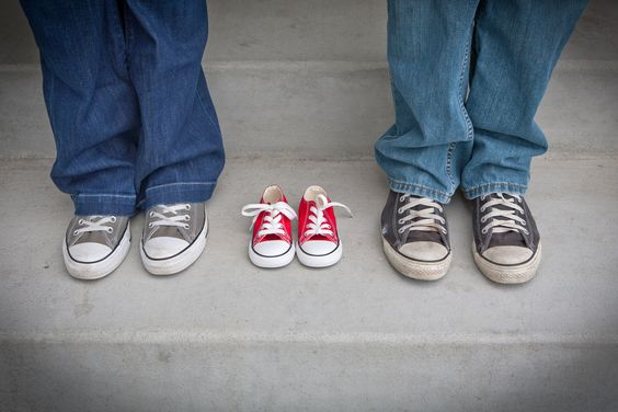 Infertilité liée à l'âge. En général, les femmes de moins de 30 ans ont 30 % de chances de devenir enceinte durant tout le cycle menstruel. Cette probabilité chute à 20 %  pour les femmes âgées de 31 et 35, et à moins de 10 % pour les femmes de 35 ans et plus. À 40 ans, les femmes ont généralement seulement 5 % de chances de tomber enceintes.