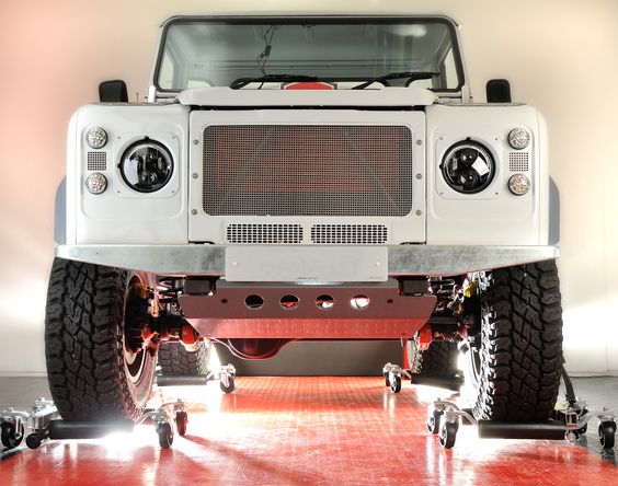 Landrover 90 front view Ruskin Design