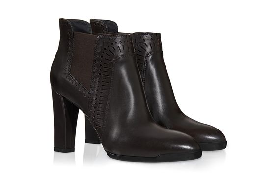 Ankle Boots in Leather XXW0WY0M990004S800, Boots and Desert Boots, Shoes, Fall-Winter, Shop Woman - Tod's