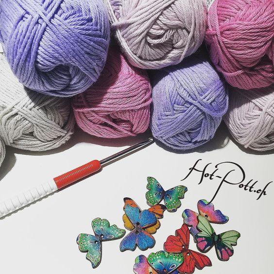 Und weiter geht's das nächste Projekt ist schon auf der Nadel  #crochet #crochetaddict #crocheting #instacrochet #haken #häkeln #hotpott #madeinswitzerland #handmade #handgemacht #diy #cotton #cottoncandy #butterfly #candycolors by claudiakoch_hotpott