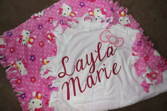 Hello Kitty blanket by lambiesbands on Etsy, $55.00
