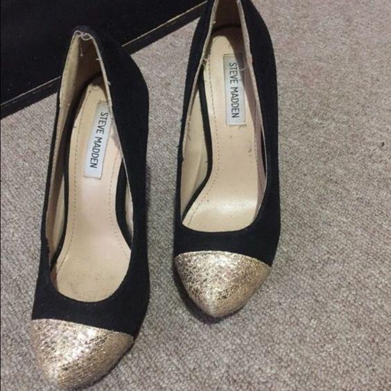Black and gold pumps Steve Madden Black and gold pumps Steve Madden Shoes Heels