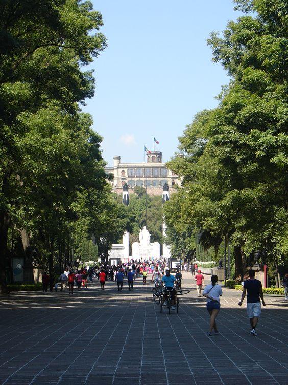 Remate visual de Avenida Reforma, Castillo de Chapultepec