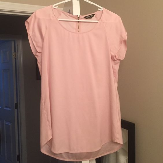 EXPRESS satin short sleeve blouse Light pink satin blouse with a zipper in the back. Very loose fit but also very flattering. No wear or damage! :) Express Tops Blouses