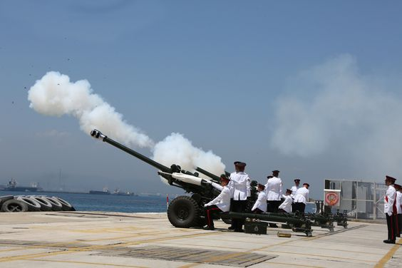 21-gun salute in Gibraltar to celebrate the birth of Prince George from  InfoGibraltar 21 Gun Salute in Gibraltar marking the birth of Prince George of Cambridge 03 - Prince George of Cambridge - Wikipedia, the free encyclopedia