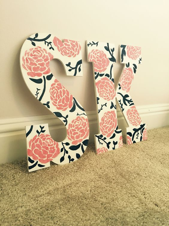 Flower Sigma Kappa letters