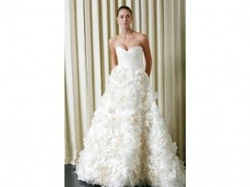 Monique Lhuillier Sunday Rose Wedding Dress $7,000