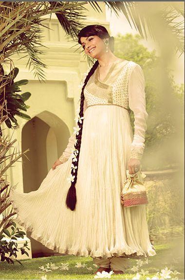 Prachi Desai Flaring Out  Mughal Fashion Shoot