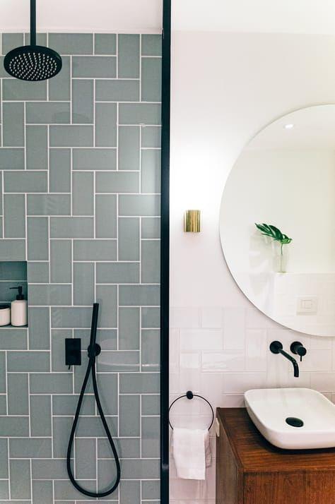 Colored Tiles Bathroom Bathroom Colored Tiles Badezimmer