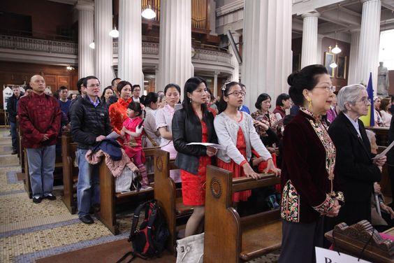http://www.catholicireland.net/wp-content/uploads/2015/05/FESTIVAL-OF-PEOPLES-MASS-4.jpg