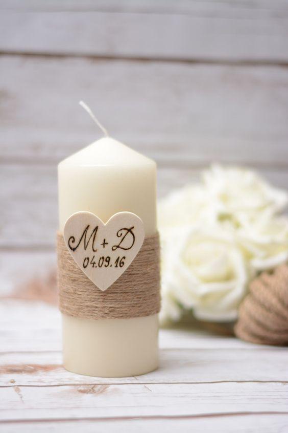 Romantische Hochzeitskerze mit Holzherz und Gravur, Geschenk, Brautpaar / romantic wedding candle with wooden heart and engraving made by HappyWeddingArt via DaWanda.com