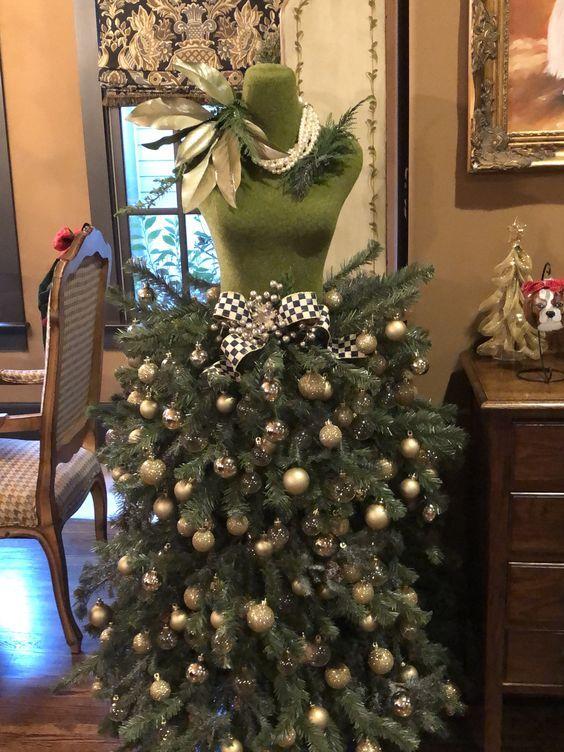 2019 Dress Form Chrismas Tree Decoration Ideas Christmas Tree Dress Dress Form Christmas Tree Mannequin Christmas Tree
