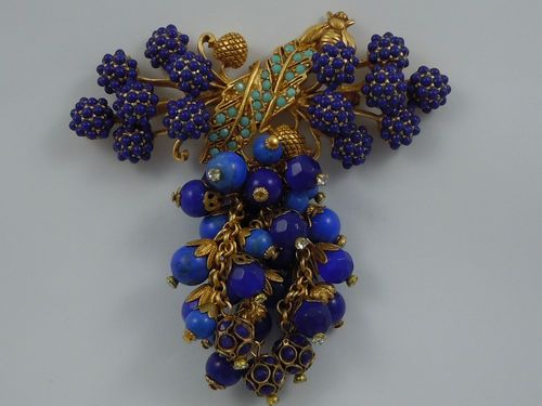ASKEW LONDON LAPIZ BLUE BERRY AND BEAD CLUSTER BROOCH
