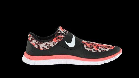 Unisex Nike Free Socfly PA Laufschuh, Freizeitschuh günstig kaufen Der Nike Free Socfly aus Hot Lava Sonderkollektion kombiniert Leichtigkeit und Tragekomfort miteinander. Bei den Nike Free Laufschuh geht es um Schnelligkeit, die bei...