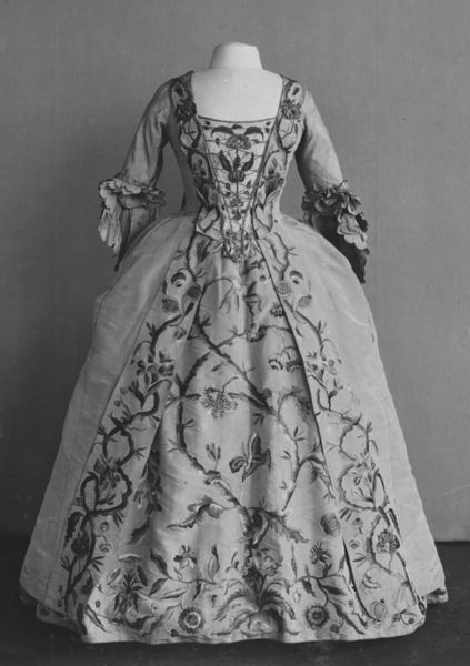 Gown c. 1740s (embroidery and petticoat), remodelled in c. 1765. Embroidered silk taffeta. Victoria Et Albert Museum http://collections.vam.ac.uk/item/O363437/robe-and-petticoat-unknown/