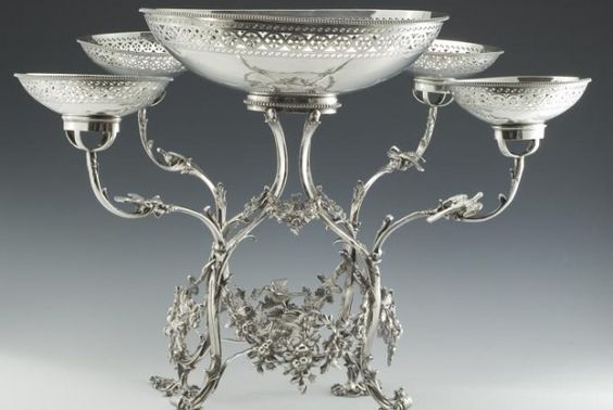 Antique Georgian silver table epergne, London 1780.