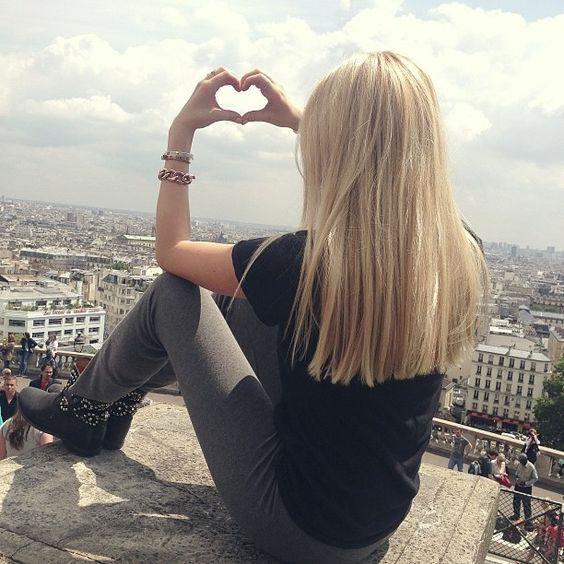 I love her hair. I love the ends cut blunt.  Peace Love Shea. Fashion Blogger.