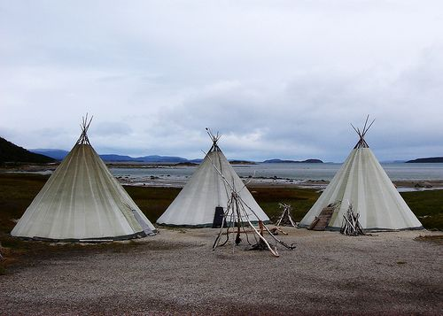 Lapp pole tents: Pole Tents, Tents Teepees, Favorite Places Spaces, Samsa Rxxxn, Lapp Pole, Beach Camping, Places I D, Twelfthmoon Lapp