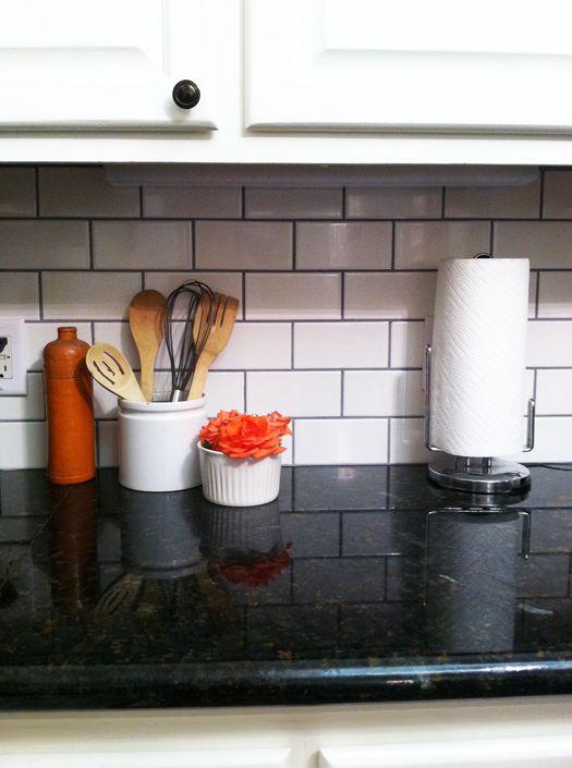 Black And White Subway Tiles Kitchen Design Kitchen Tiles Design