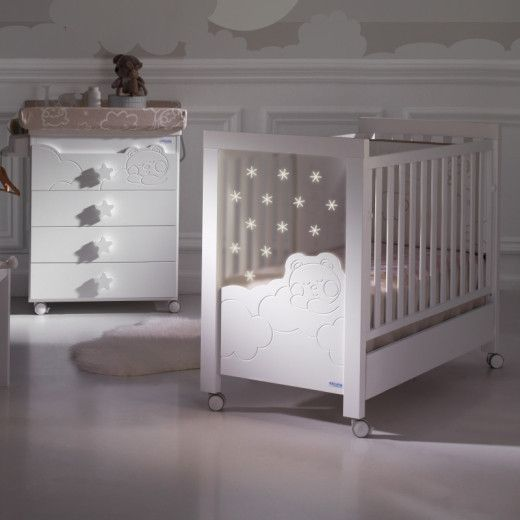 Dolce Luce designer baby cot beautifully engraved with a ...