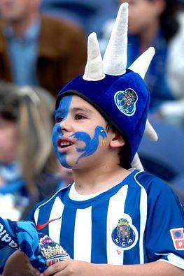 Grande Futebol Clube do Porto... ;-)   Dragões!!!