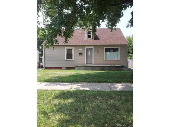 Active listing call now to view this or if not your style tell us what is and we can help you find your dream home 734-513-2166 or www.eliterealtymi.com #eliterealty #eliterealtymi #thebuyerschoice #home #newhome #house #newhouse #waynecounty #oaklandcounty #waynecountyhomes #oaklandcountyhomes #realestatepros #dreamhome #bighouse #smallhouse #homelove #houselove #DIY #homeimprovement #newbuild #realtor #realestate #realty