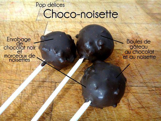 Pop délices Choco-noisette, chocolat noir et poudre de noisettes, enrobage de chocolat noir et morceaux de noisettes grillées.