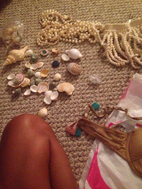 Step 2: Prepare accessories (seashells, jewels, pearls, robe, net etc)