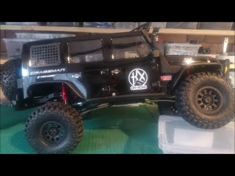 Traction Hobby Cragsman Scale 1 8 Unboxing Review Th1 Rc Crawler Unboxing Monster Trucks