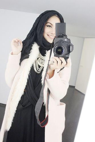 Indahna Dapuspita Blogger | Beautiful Smile | Inspring Hijaby